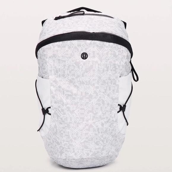 NWT Lululemon Run All Day Backpack 11
